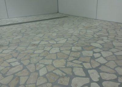 badsanierung mit viel steinmosaik in neuhofen 3