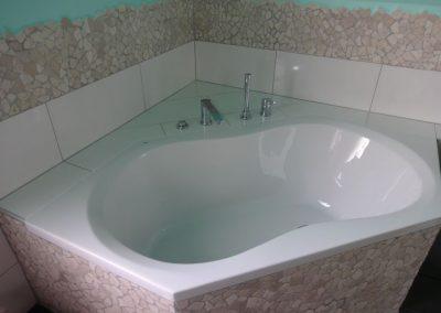 badsanierung mit viel steinmosaik in neuhofen 4